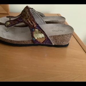 Rialto brown leather w sequins beaded and stones